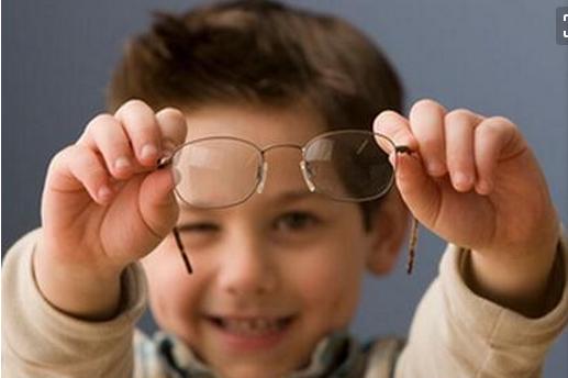第一次做矫正近视加盟要注意些什么?